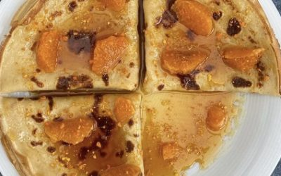 Crêpes au cidre, caramel de mandarine et poudre de mandarine